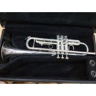 Used Vincent Bach Trumpet TR200 SN: 402054