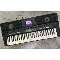 Used Yamaha Keyboard PSR-S650